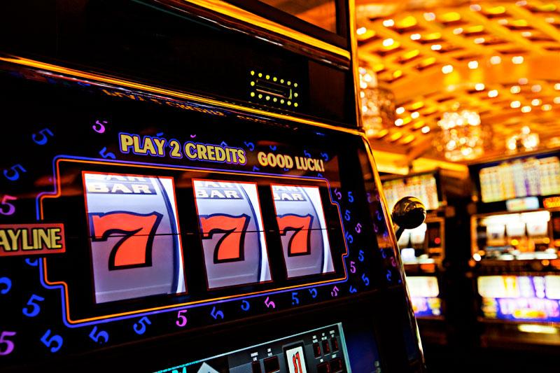 официальный сайт игровые автоматы azino